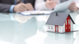 Lån på bolig har ofte relativt beskjedne rentekostnader.